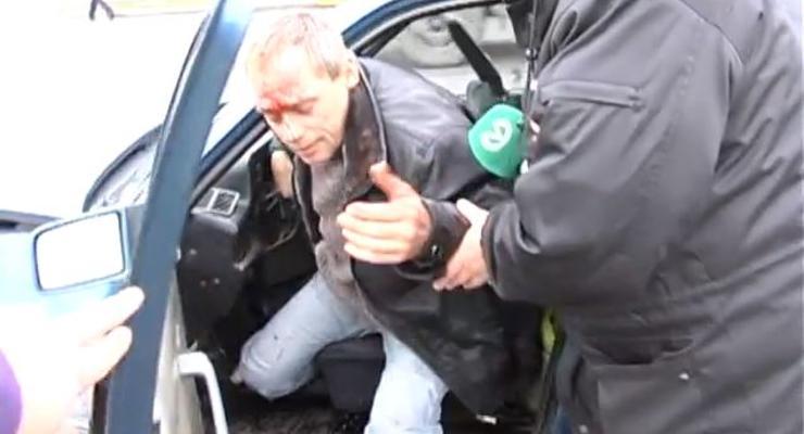 В Киеве пьяный в стельку водитель разбил Mercedes