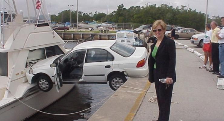 Женская парковка: ТОП-10 эпичных фейлов (видео)