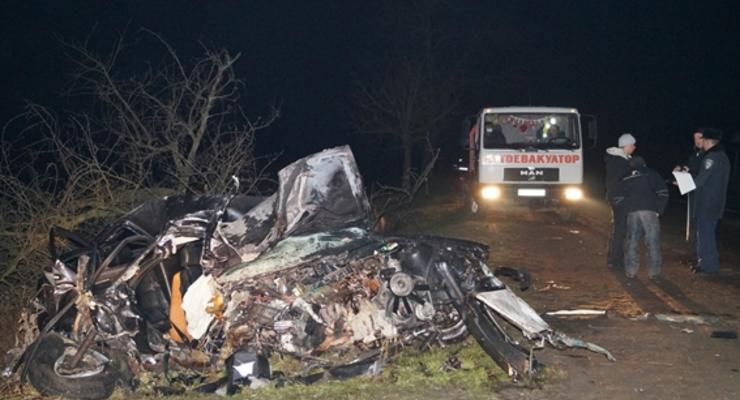 В ДТП погибли парень и девочка, сбежавшая из дому