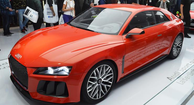 Компания BMW высмеяла лазерные фары от Audi