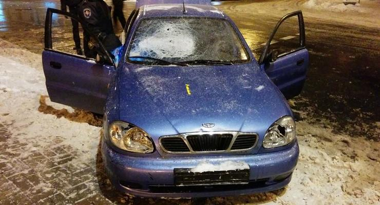 В Киеве Беркут разбил автомобили активистов Автомайдана