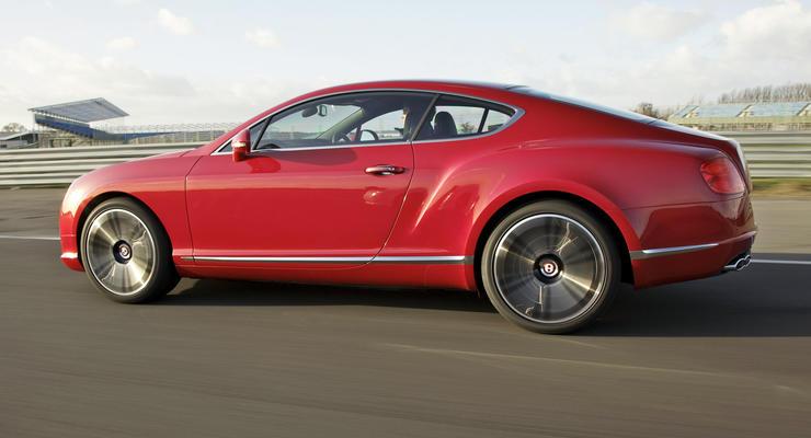 Сколько Bentley и Ferrari купили украинцы в 2013 году