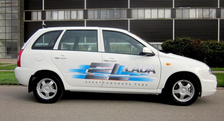 Первые электромобили Lada появились в автосалонах