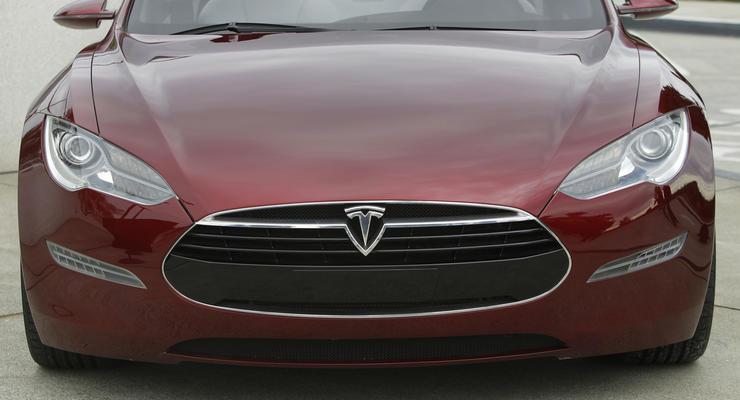 Любительская реклама Tesla Model S впечатлила производителя