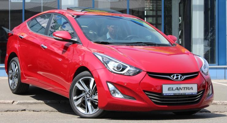 Новые Hyundai Elantra и i10 привезли в Украину