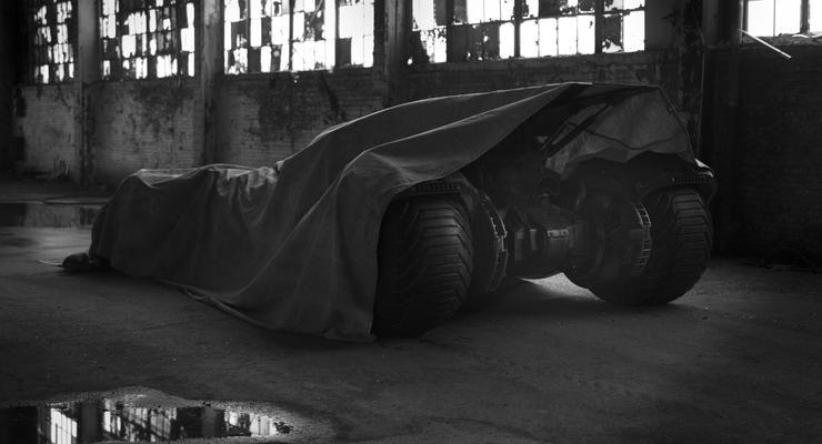 Появились изображения нового суперавтомобиля Бэтмена