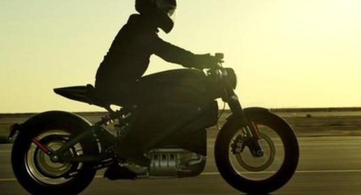 Легендарный Harley-Davidson тестирует электроцикл