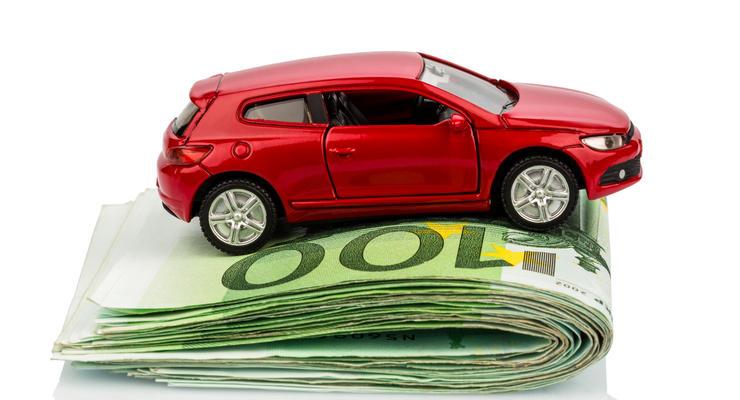 В Кабмине предлагают отменить сбор за первую регистрацию машины