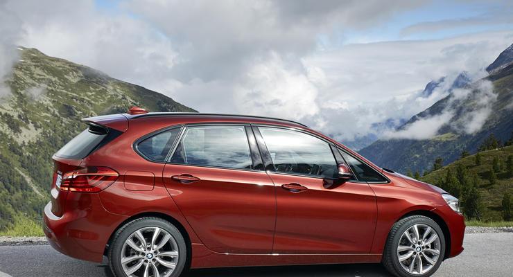 Первый в истории «минивэн» BMW  выходит на украинский авторынок (фото)