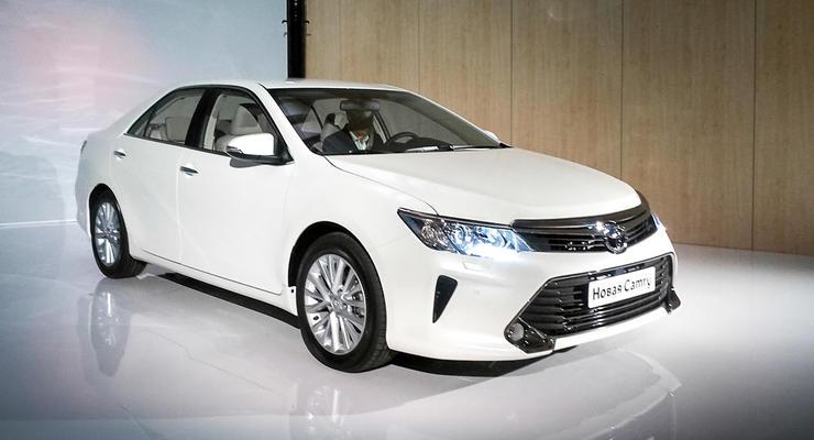 Обновленные Toyota Camry и Honda Accord представили публике (фото)