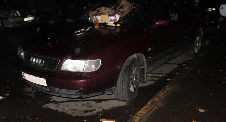 Житель Беларуси после проигрыша в игровые автоматы разбил несколько машин (фото)