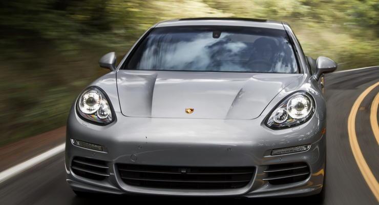 Porsche разрабатывает электрический суперкар