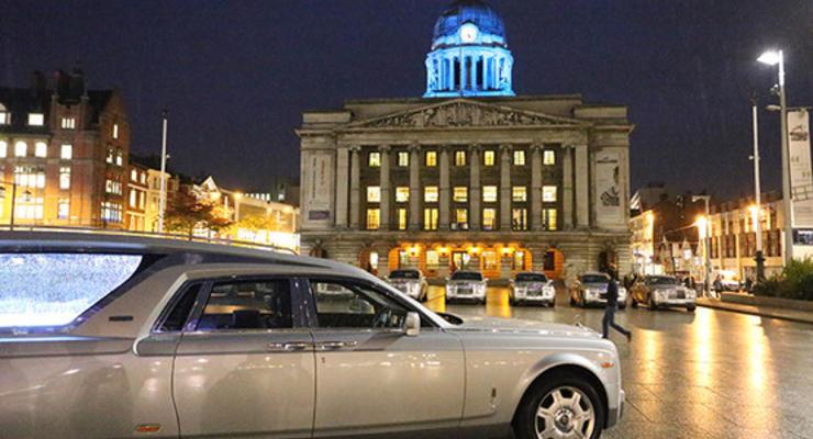 В Великобритании сделали катафалк из Rolls-Royce Phantom (фото)