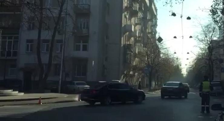 Для Авакова в центре Киева перекрывают улицы - журналист