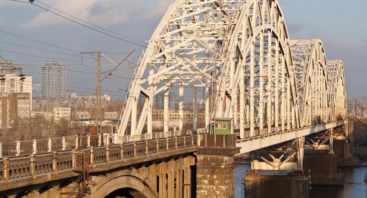 В Киеве решили построить новый мост и скоростные дороги