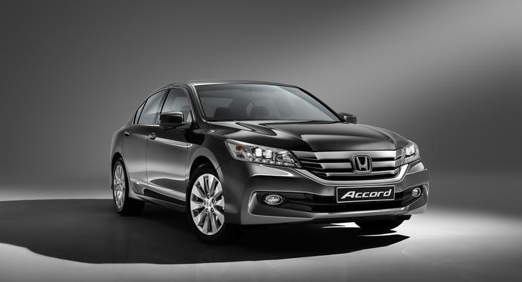 В Украине огласили цены на обновленный седан Honda Accord