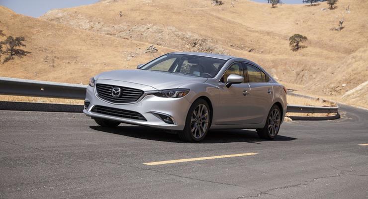Mazda представила обновленную версию своей шестерки (фото)