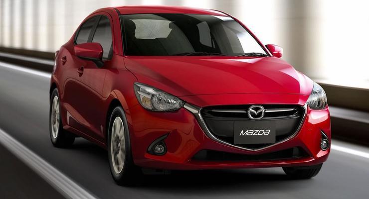 """Компания Mazda показала седан на базе """"двойки"""
