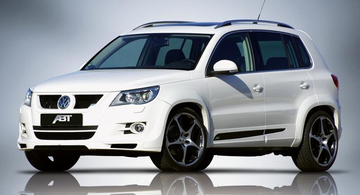 В Одессе девушка на Volkswagen Tiguan протаранила пять автомобилей