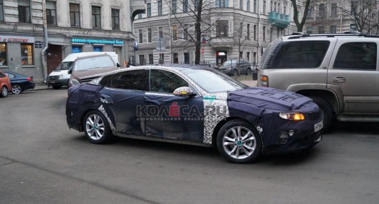 В российском Петербурге тестировали новую Kia Optima (видео)