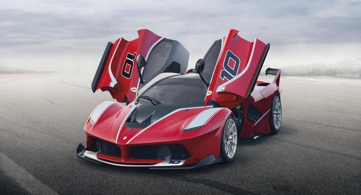 Ferrari показала свой новый 1050-сильный суперкар (фото)