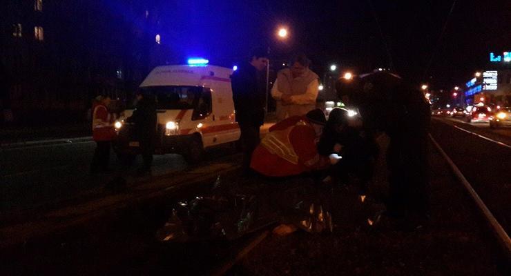 В Киеве Mercedes Vito сбил насмерть пешехода-нарушителя