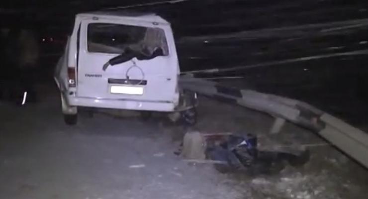 В аварии на Днепропетровщине погибли четверо (видео)