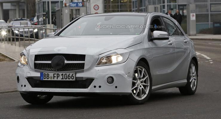 Mercedes вывел на тесты обновленный A-Class (фото)