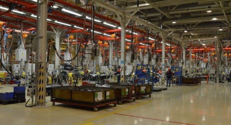Компания Ford готовится остановить заводы в России