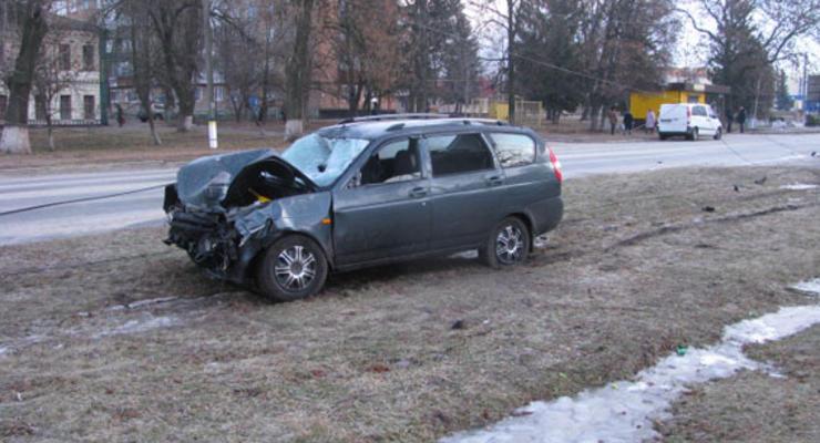 В Путивле под горотделом милиции случилось ДТП, погибли двое