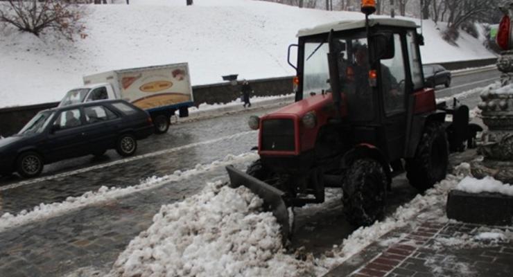 Кличко: Снегопад в Киеве продолжается, я прошу не нарушать ПДД