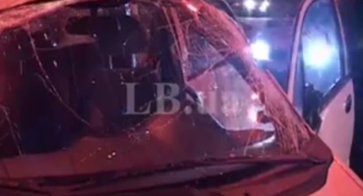 В Киеве в столкновении двух Daewoo перевернулся Matiz (видео)