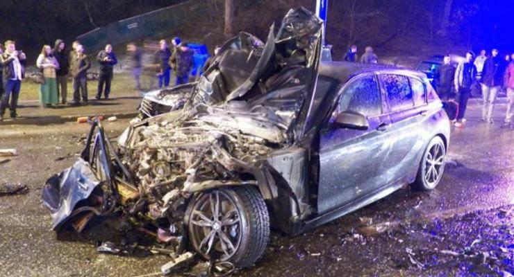 В Киеве Porsche Cayenne протаранил два BMW и Mercedes, есть жертвы (видео)