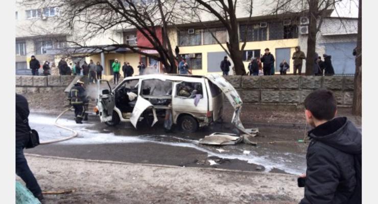 В Харькове взорвали автомобиль комбата спецбатальона милиции (видео)
