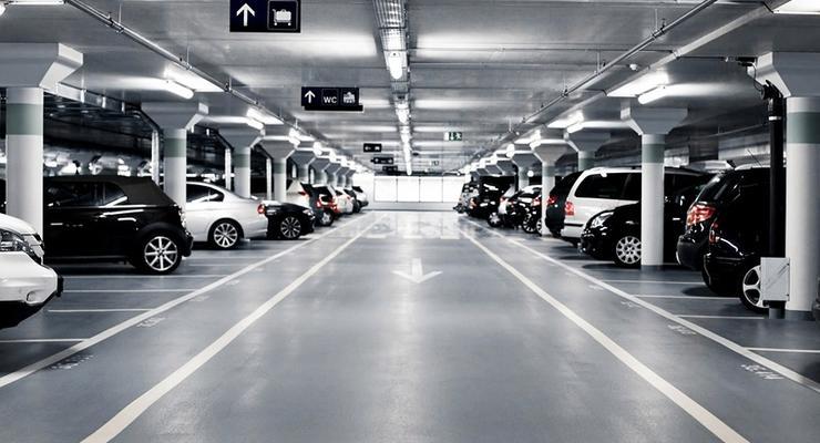Жителям Киева пообещали семь новых паркингов