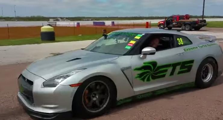 Nissan GT-R установил мировой рекорд по дрэг-рейсингу (видео)