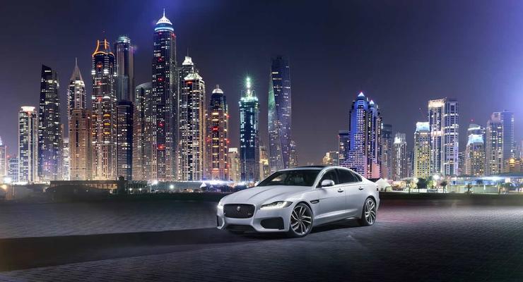 В Лондоне представили новый Jaguar XF (фото)