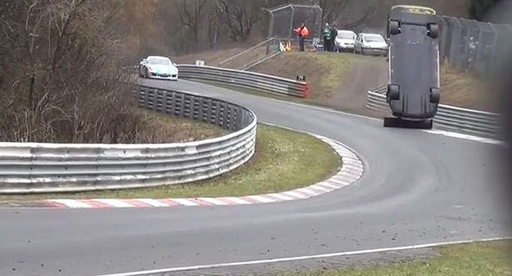 На трассе в Германии болид Nissan убил зрителя (видео)