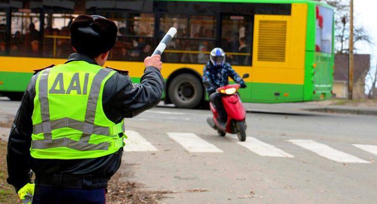 Летом в Украине введут штрафные баллы: на машину, не водителя