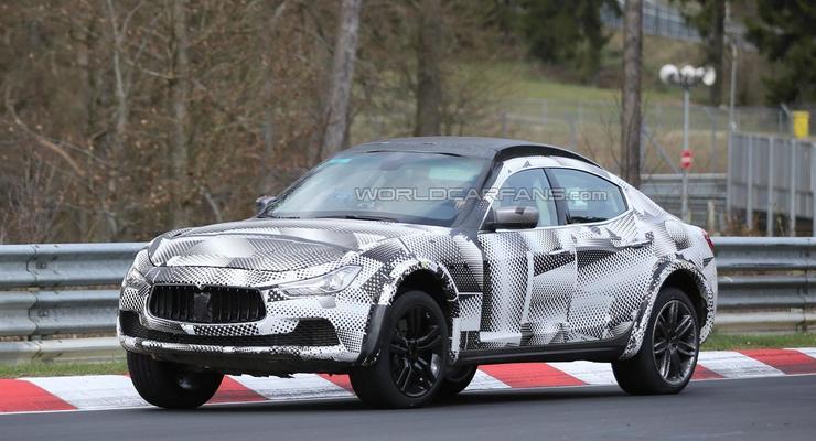 Кроссовер Maserati Levante вывели на тесты (фото)