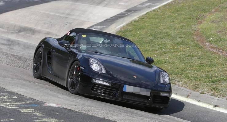 Компания Porsche вывела на тесты обновленный Boxster (фото)
