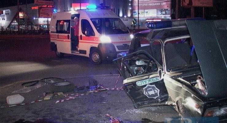 В Киеве Daewoo протаранил милицейский ВАЗ, есть раненые (фото)