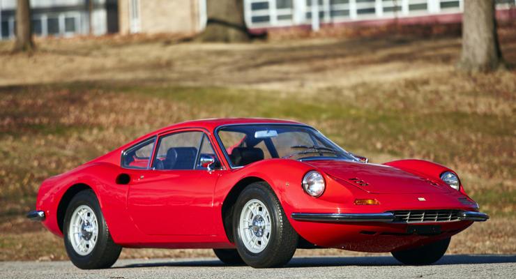 Компания Ferrari возродит имя Dino