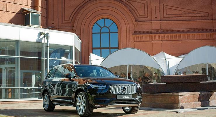 Volvo обещает разработать автомобиль, который вообще не будет попадать в аварии