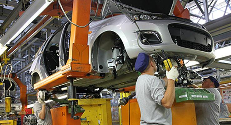 АвтоВАЗ частично возобновил производство