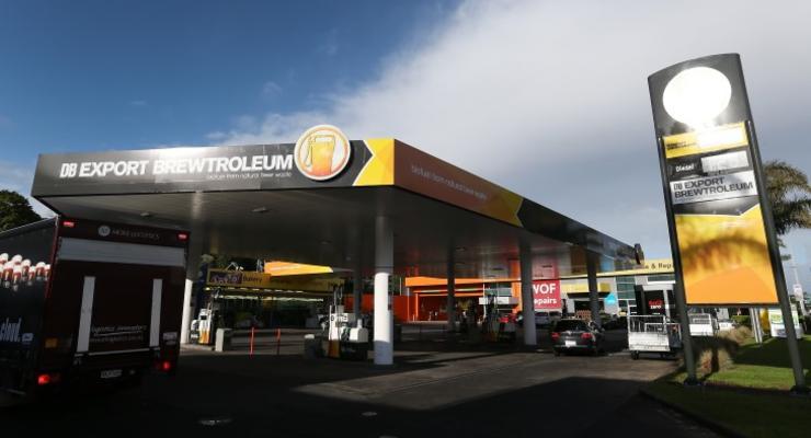 Их нравы: в Новой Зеландии бензин начали делать из пива