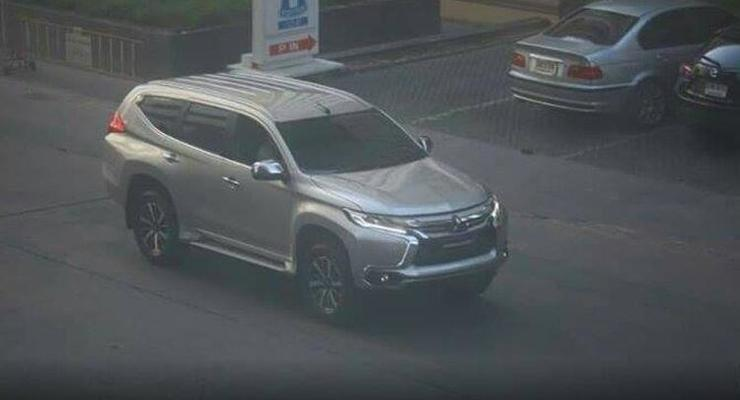 Mitsubishi Pajero Sport нового поколения заметили без камуфляжа (фото)