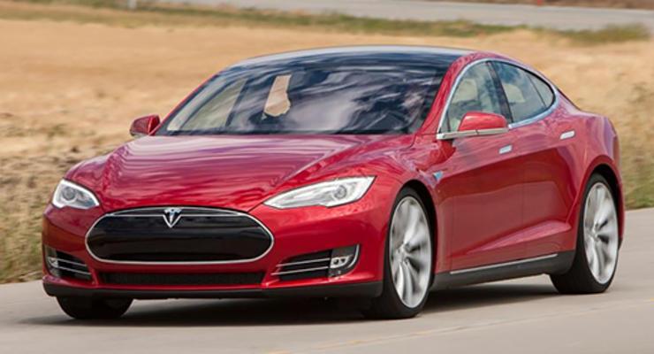 Tesla представит новую модель в марте 2016 года