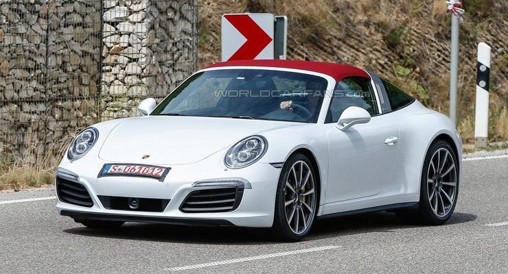 Обновленный Porsche 911 Targa заметили без камуфляжа (фото)