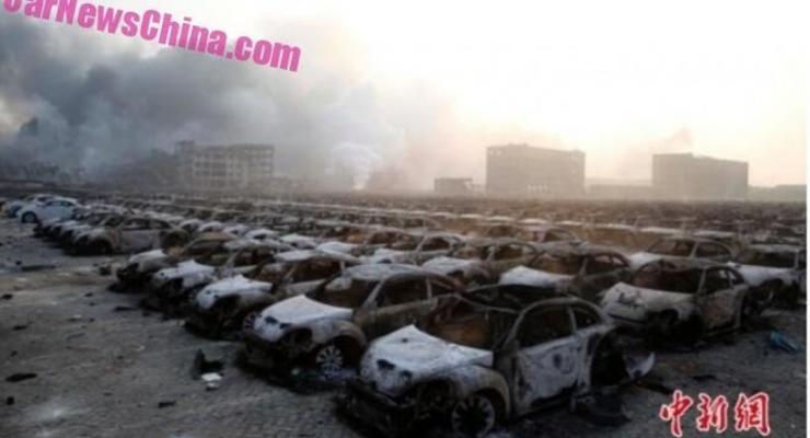 При взрыве в Китае уничтожены сотни Volkswagen Beetle